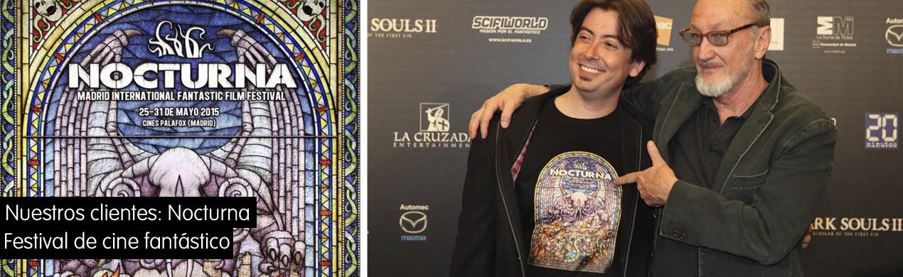 Freddy Krueger admirando las camisetas del Nocturna