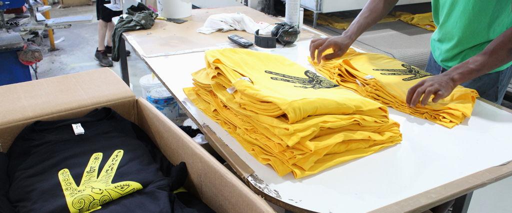 Pedido urgente de camisetas en serigrafía